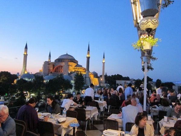 إسطنبول تستقبل أكثر من 10 ملايين زائر منذ بداية 2014