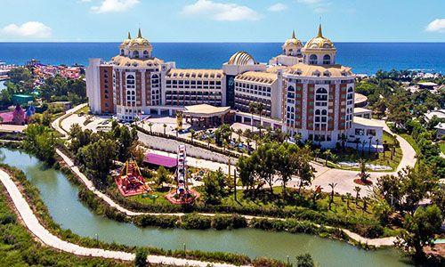 Delphin Grand Hotel