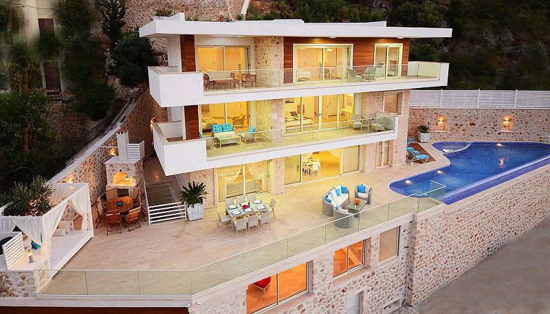 Property in Kalkan with amazing view and infinity pool