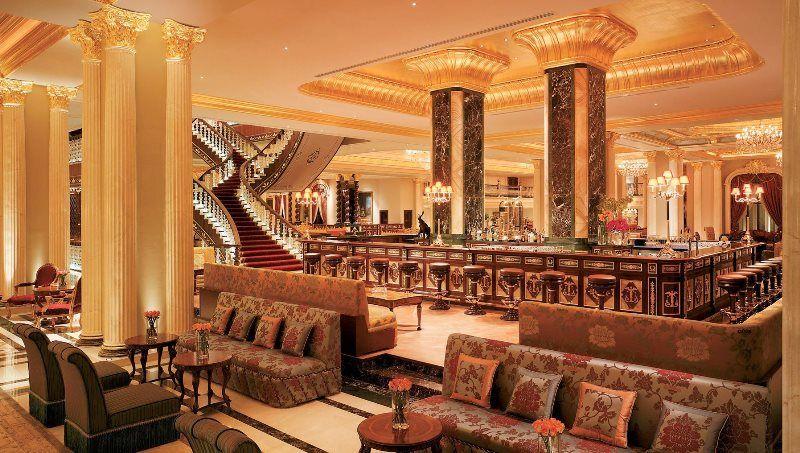 هتل شگفت انگیز مردان پالاس