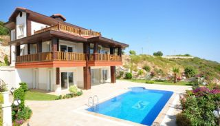 Sea View Villa in Alanya, Alanya / Bektas