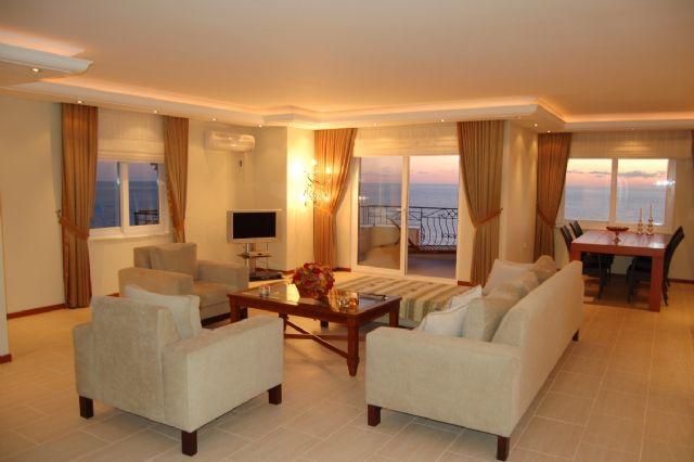 appartement en bord de mer mahmutlar alanya. Black Bedroom Furniture Sets. Home Design Ideas