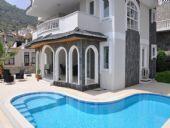 Deniz Manzaralı Satılık Villa, Alanya / Tepe