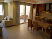 Appartement 2 chambres en bord de mer, Mahmutlar / Alanya - video