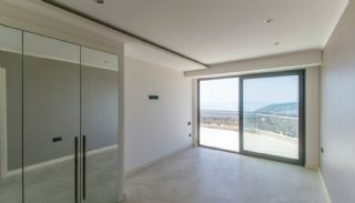 Luxury Property Intertwined with Nature in Alanya Center, Interior Photos-4