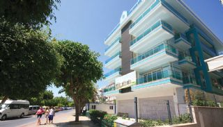 Seafront Apartments with Rich Complex Facilities in Alanya, Alanya / Center - video