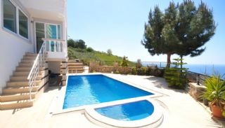 5 Bedrooms Villa in Alanya, Alanya / Kargicak - video