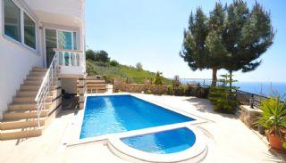 Villa à 5 Chambres à Alanya, Alanya / Kargicak - video