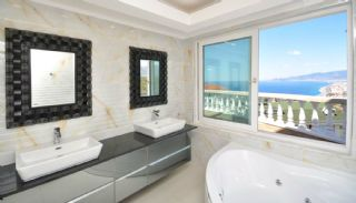 5 Bedrooms Villa in Alanya, Interior Photos-17