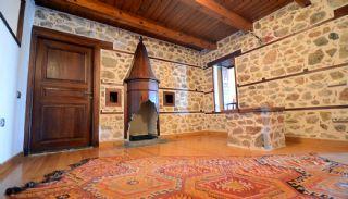 Antikes Haus innerhalb der Mauern von der Alanya Burg, Foto's Innenbereich-16