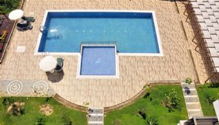 Lovely Alanya Apartments 100 m to the Sandy Beach, Alanya / Kestel - video