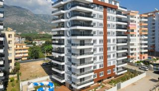 Perfectly Located Alanya Apartments with Swimming Pool, Alanya / Mahmutlar - video