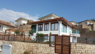 Fully Furnished Villa Overlooking Alanya Castle and Sea, Alanya / Kargicak - video