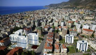 Central Alanya Apartments in the Midst of All Amenities, Alanya / Center - video