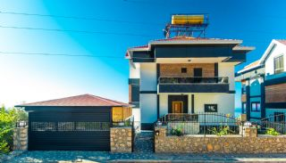 Glorious Sea and Castle View Triplex Villa in Alanya, Alanya / Kestel
