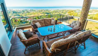 Glorious Sea and Castle View Triplex Villa in Alanya, Interior Photos-19