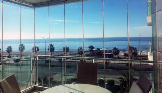 Seafront Alanya Flats with Private Access to the Beach, Interior Photos-11