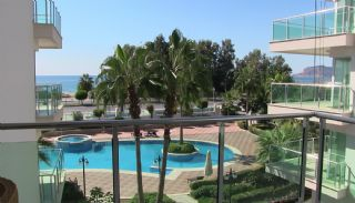 Seafront Alanya Flats with Private Access to the Beach, Interior Photos-12