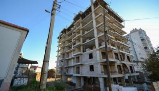 First-Class Flats with Sea View in Alanya Mahmutlar, Construction Photos-1
