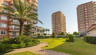 Seaside Apartments in the Center of Mahmutlar Alanya, Alanya / Mahmutlar - video