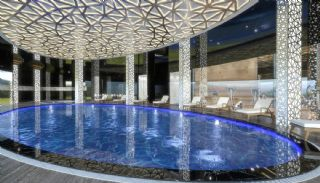 Ultra-Luxury Alanya Property with 5-Star Hotel Comfort, Alanya / Mahmutlar - video