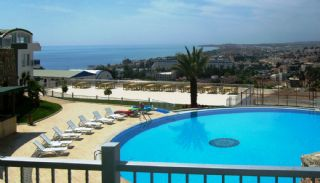 Spacious Real Estate in Alanya with Sea and Nature View, Alanya / Konakli - video