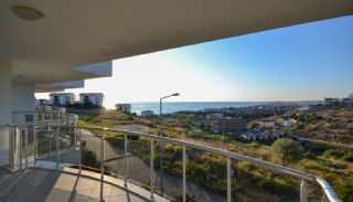 Spacious Real Estate in Alanya with Sea and Nature View, Interior Photos-13