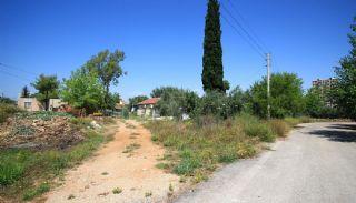 أرض واسعة في إيرمينك لارا قريبة من المطار, انطاليا / لارا - video