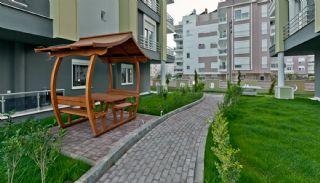 Konyaaltı'nda Havuzlu Sitede Doğa Manzaralı Daireler, Antalya / Konyaaltı - video