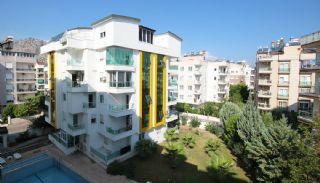 Quality Apartments Close to the Beach in Antalya Turkey, Antalya / Konyaalti - video