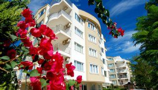 Antalya Property with Roomy Balconies in Konyaalti, Antalya / Konyaalti