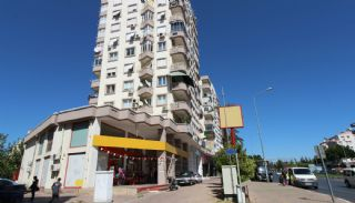 Renovated Spacious Apartment for Sale in Konyaaltı Antalya, Antalya / Konyaalti - video