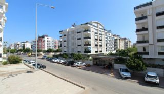 Luxurious Flat Close to Social Amenities in Antalya Konyaaltı, Interior Photos-16