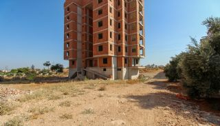 Real Estate in Antalya with Panoramic City and Sea Views, Construction Photos-3