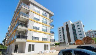 Perfect gelegen ruime appartementen in Muratpaşa Antalya, Antalya / Centrum - video