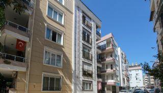 Appartement 400 m naar de Işıklar-straat in het centrum van Antalya, Antalya / Centrum - video
