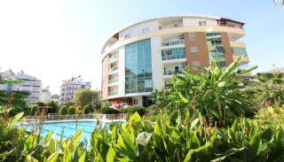 Voll möblierte Wohnung in einem gepflegten Komplex in Konyaaltı, Antalya / Konyaalti
