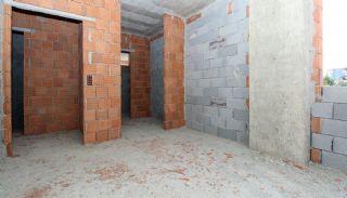 Nagelneue Wohnungen in der Nähe von Annehmlichkeiten in Kepez, Foto's Bau-16
