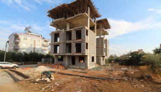 Nagelneue Wohnungen in der Nähe von Annehmlichkeiten in Kepez, Foto's Bau-3