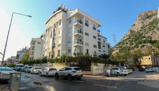 Renovated Duplex Flat with a Separate Kitchen in Konyaaltı, Antalya / Konyaalti