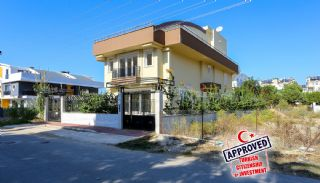 Affordably Priced Spacious Private Villa in Lara Antalya, Antalya / Lara