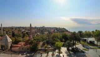 Appartement Bien Situé Vue Mer et Vieille Ville à Antalya, Antalya / Centre - video