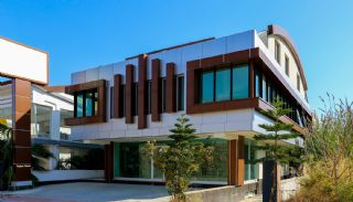 Whole Building Suitable for Plaza Concept in Lara, Antalya / Lara