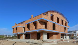 Brand New Investment Real Estate Close to Amenities in Lara, Construction Photos-5