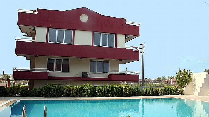 3 bedroom cheap apartment in lara turkey