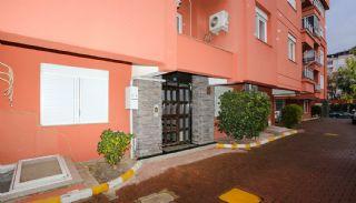 Centrale flat dicht bij sociale voorzieningen in Antalya, Antalya / Lara - video