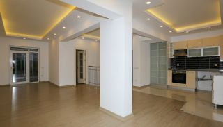 Centrally Located Flat Close to Social Amenities in Antalya, Interior Photos-4