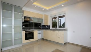 Centrally Located Flat Close to Social Amenities in Antalya, Interior Photos-5