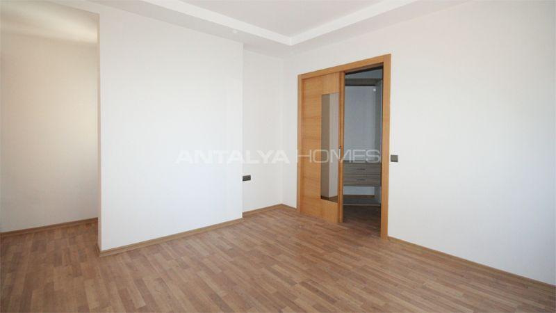 appartement dans un quartier calme konyaalti antalya. Black Bedroom Furniture Sets. Home Design Ideas