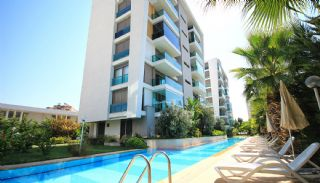 Residence Modern Park, Antalya / Lara - video